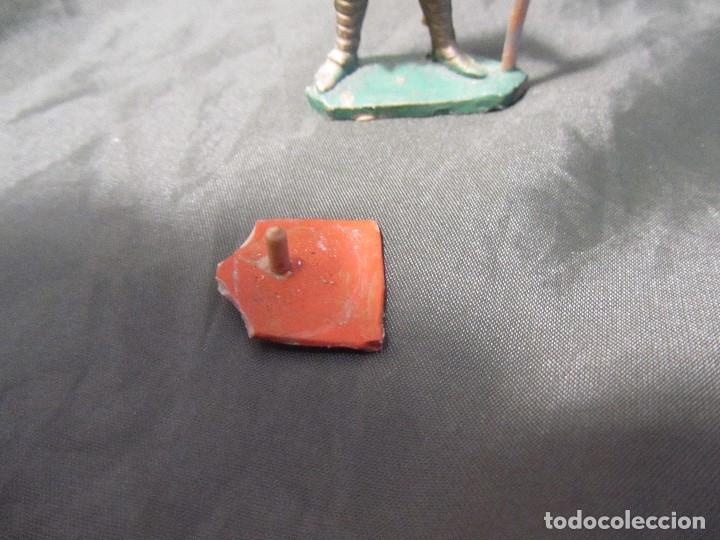 Figuras de Goma y PVC: MUY RARA FIGURA MEDIEVAL REAMSA NÚMERO 266 PIES PEGADOS Y ESCUDO ROTO EN LA PARTE DE ABAJO VER FOTOS - Foto 4 - 167961012