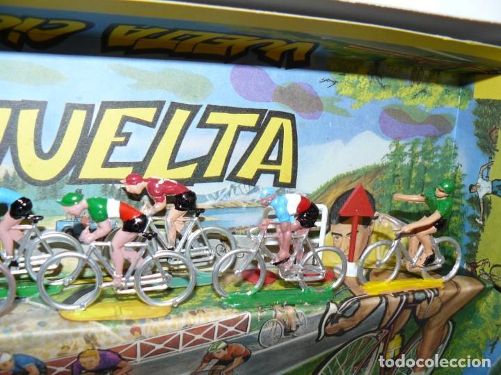 Figuras de Goma y PVC: Caja Vuelta Ciclista Mariano Sotorres FIRMADA por Roberto HERAS y Manolo SAIZ en el 2006 Tour Giro - Foto 7 - 168609500