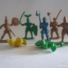 Figuras de Goma y PVC: SIETE GUERRERO MEDIEVALES PLÁSTICO AÑOS 60 - 70. Lote 139828730