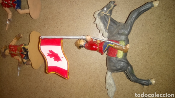 Figuras de Goma y PVC: LOTE DE 5 FIGURAS DE REAMSA. REAL POLICÍA MONTADA DEL CANADÁ. - Foto 4 - 168768653