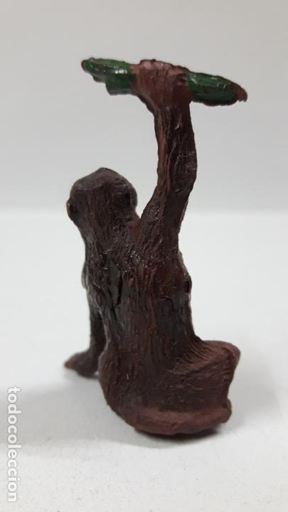 Figuras de Goma y PVC: MONO CON RAMA . REALIZADO POR GAMA . AÑOS 50 EN GOMA - Foto 4 - 168864976