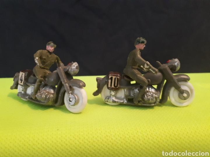 2 MOTOS DE TORRES MALTAS (Juguetes - Figuras de Goma y Pvc - Otras)