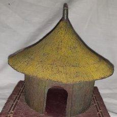 Figuras de Goma y PVC: CHOZA KAKUANO DE PECH. Lote 169036484
