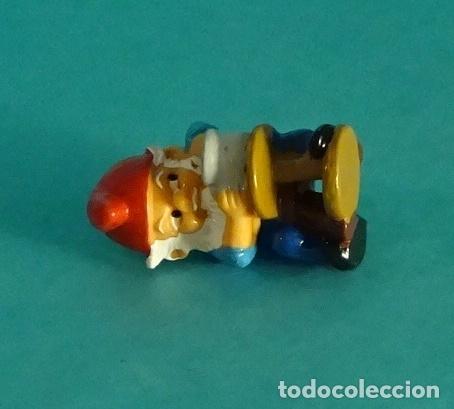 Figuras Kinder: PITUFO ALFARERO FERRERO 1992 - Foto 2 - 169183132