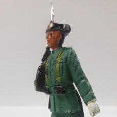 Figuras de Goma y PVC: GUARDIA CIVIL EN DESFILE . REALIZADO POR PECH . AÑOS 60. Lote 169378440