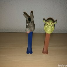 Dispensador Pez: LOTE DE DOS ANTIGUOS DISPENSADORES DE CARAMELOS PEZ. SHREK. Lote 169686564