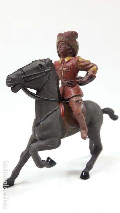 Figuras de Goma y PVC: MOSQUETERO . REALIZADO POR REAMSA . SERIE MOSQUETEROS . AÑOS 50 EN GOMA . CABALLO NO INCLUIDO - Foto 2 - 169712532