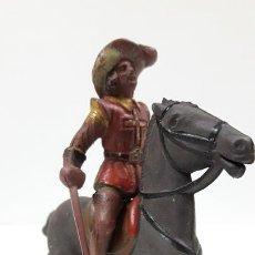 Figuras de Goma y PVC: MOSQUETERO . REALIZADO POR REAMSA . SERIE MOSQUETEROS . AÑOS 50 EN GOMA . CABALLO NO INCLUIDO. Lote 169712532
