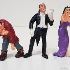 Figuras de Goma y PVC: 3 FIGURAS YOLANDA 1992 - SUPER MOSTRUOS / FANTASMA DE LA ÓPERA / VAMIRA / JOROBADO. Lote 169936073