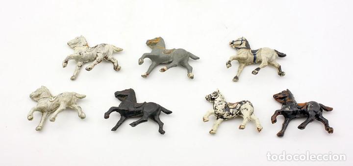 Figuras de Goma y PVC: INDIOS Y AMERICANOS - ALCA CAPELL - 45mm - GOMA - LOTE DE FIGURAS: VAQUEROS, INDIOS Y CABALLOS - Foto 7 - 169944196