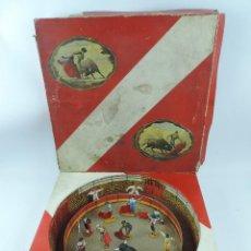 Figuras de Goma y PVC: ANTIGUA PLAZA DE TOROS DE TEIXIDO CON 13 FIGURAS DE GOMA, TORERO, BANDERILLERO, TORO, ETC.., LA TAP. Lote 170487820
