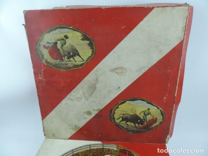 Figuras de Goma y PVC: ANTIGUA PLAZA DE TOROS DE TEIXIDO CON 13 FIGURAS DE GOMA, TORERO, BANDERILLERO, TORO, ETC.., LA TAP - Foto 9 - 170487820