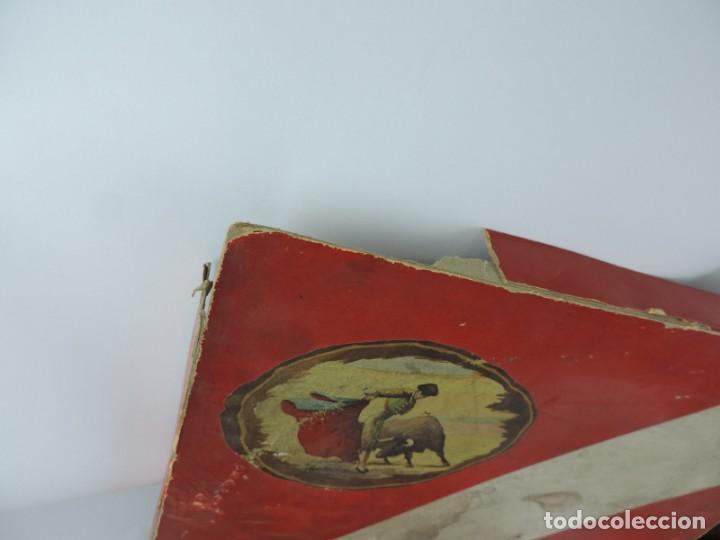 Figuras de Goma y PVC: ANTIGUA PLAZA DE TOROS DE TEIXIDO CON 13 FIGURAS DE GOMA, TORERO, BANDERILLERO, TORO, ETC.., LA TAP - Foto 10 - 170487820