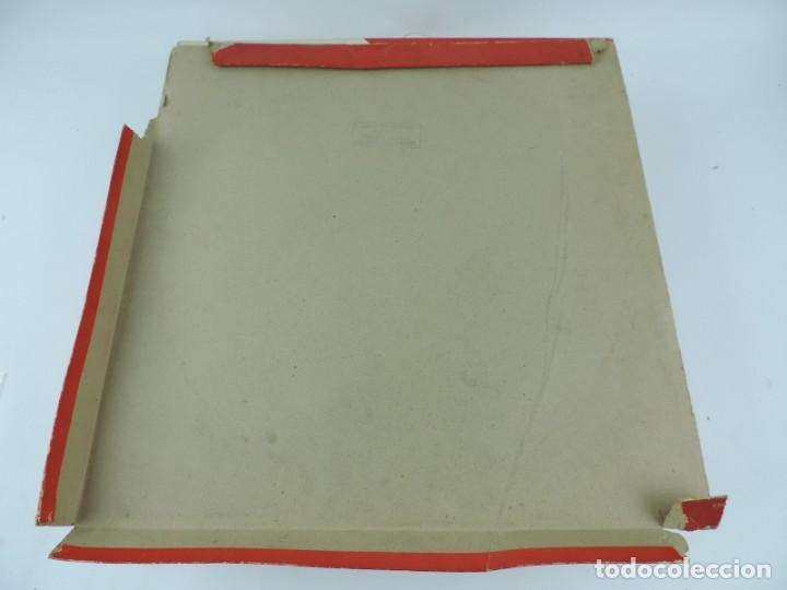 Figuras de Goma y PVC: ANTIGUA PLAZA DE TOROS DE TEIXIDO CON 13 FIGURAS DE GOMA, TORERO, BANDERILLERO, TORO, ETC.., LA TAP - Foto 12 - 170487820