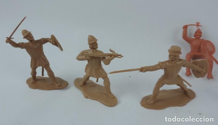Figuras de Goma y PVC: 7 FIGURAS DE REAMSA, SERIE HERNÁN CORTÉS, CONQUISTADORES Y AZTECAS, REALIZADOS EN PLASTICO, MIDEN 8 - Foto 3 - 170495520