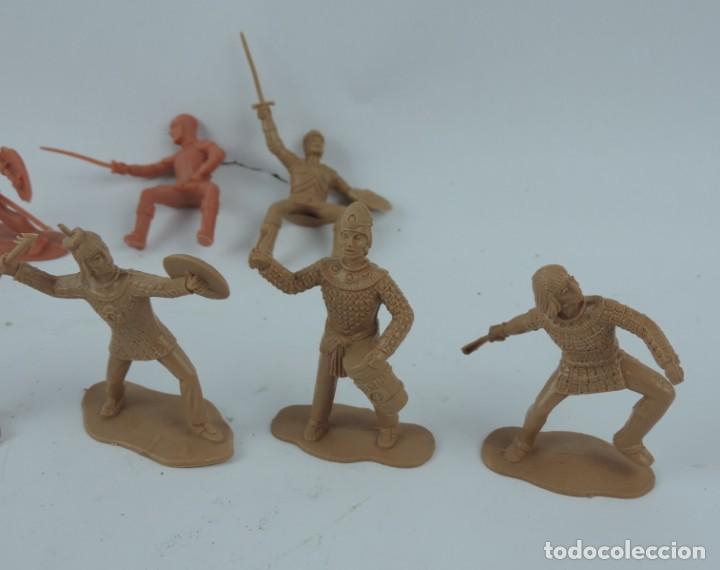 Figuras de Goma y PVC: 9 FIGURAS DE REAMSA, SERIE HERNÁN CORTÉS, CONQUISTADORES Y AZTECAS, REALIZADOS EN PLASTICO, MIDEN 8 - Foto 2 - 170501732