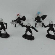 Figuras de Goma y PVC: 7 FIGURAS DE MEDIEVALES REALIZADOS EN GOMA, MADE IN CHINA, MIDEN 6 CMS.. Lote 170586750