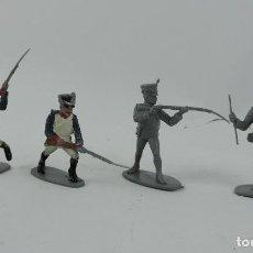 Figuras de Goma y PVC: 4 FIGURAS DE SOLDADOS DE PLASTICO EJERCITO FRANCES, MIDE 6 CMS.. Lote 170622040