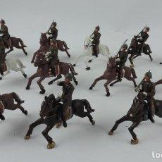 Figuras de Goma y PVC: 12 SOLDADOS ESPAÑOLES A CABALLO DESFILE AGUSTÍN TEIXIDÓ, REALIZADOS EN PLÁSTICO, AÑOS 60.. Lote 170657225