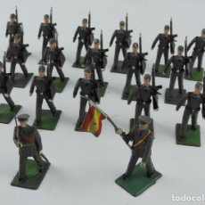 Figuras de Goma y PVC: 18 SOLDADOS DEL DESFILE DEL CUERPO DE AVIACION, REAMSA, GOMARSA, SOLDIS 70. REALIZADOS EN PLASTICO.. Lote 170662050