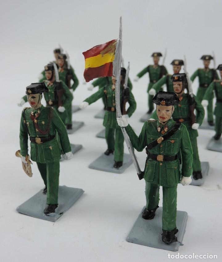 Figuras de Goma y PVC: 17 SOLDADOS DEL DESFILE DE LA GUARDIA CIVIL, REAMSA, GOMARSA, SOLDIS 70. REALIZADOS EN PLASTICO. - Foto 2 - 170663850