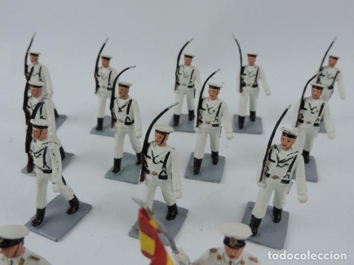Figuras de Goma y PVC: 14 SOLDADOS DEL DESFILE DE MARINA DE GUERRA, REAMSA, GOMARSA, SOLDIS 70. REALIZADOS EN PLASTICO. - Foto 3 - 170665775
