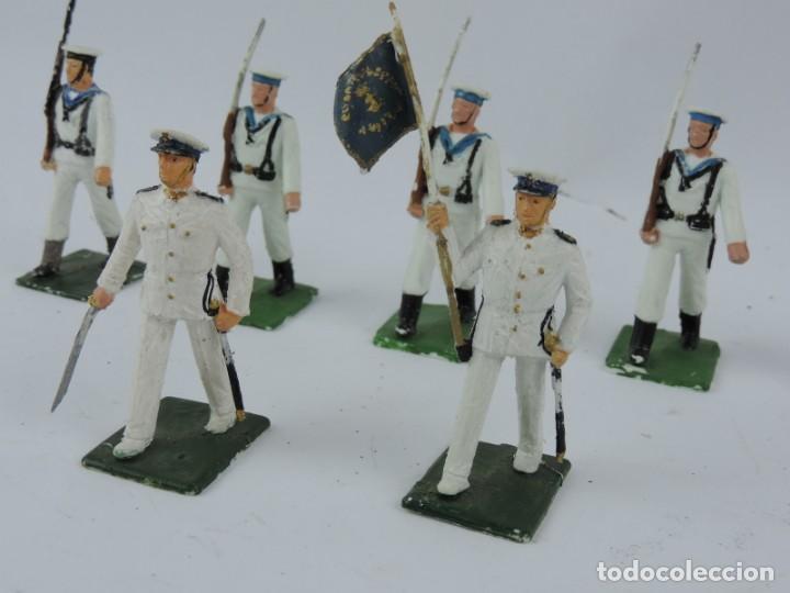 Figuras de Goma y PVC: 7 SOLDADOS DEL DESFILE DE MARINA DE GUERRA, REAMSA, GOMARSA, SOLDIS 70. REALIZADOS EN PLASTICO. - Foto 2 - 170667015