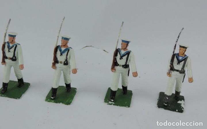 Figuras de Goma y PVC: 7 SOLDADOS DEL DESFILE DE MARINA DE GUERRA, REAMSA, GOMARSA, SOLDIS 70. REALIZADOS EN PLASTICO. - Foto 3 - 170667015