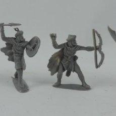Figuras de Goma y PVC: 4 SARRACENOS DE PECH, MORO, MUSULMAN, REALIZADOS EN PLASTICO, MONOCOLOR. MIDE 7 CMS.. Lote 170708065