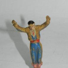 Figuras de Goma y PVC: ANTIGUO BANDERILLERO DE LA CORRIDA DE TEIXIDO, REALIZADO EN GOMA, AÑOS 60. LE FALTAN LAS BANDERILLAS. Lote 170909705