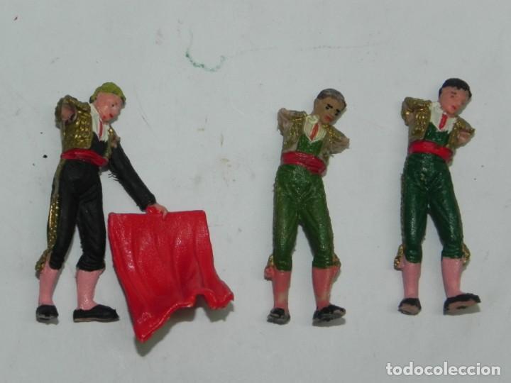 3 TOREROS DE TEIXIDO, LE FANTAN LOS BRAZOS, REALIZADOS EN PLASTICO, MIDEN 6 CMS. (Juguetes - Figuras de Goma y Pvc - Teixido)