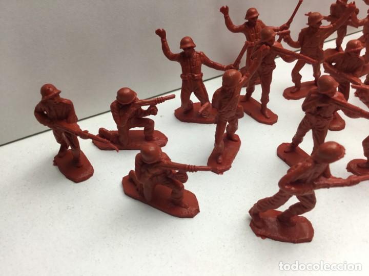 Figuras de Goma y PVC: LOTE SOLDADOS DE PLASTICO MILITAR AÑOS 70 - Foto 6 - 171011634