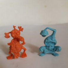 Figuras de Goma y PVC: FIGURAS DUNKIN SERIE MONSTRUOS. Lote 171172544