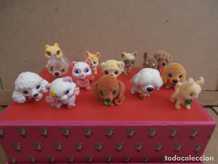 LOTE ANIMALES TERCIOPELO -- GATOS - PERROS (Juguetes - Figuras de Goma y Pvc - Otras)