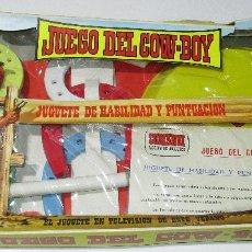 Figuras de Goma y PVC: COMANSI JUEGO DEL COWBOY COW-BOY OESTE LANZAMIENTO DE HERRADURAS AÑOS 70 PEQUEÑO. Lote 171271908