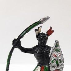 Figuras de Goma y PVC: GUERRERO AFRICANO NEGRO . REALIZADO POR LAFREDO . SERIE TARZAN . AÑOS 50 EN GOMA. Lote 171439894