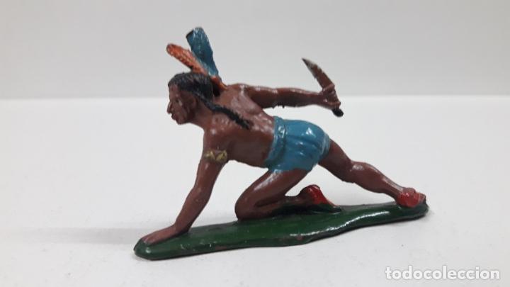 Figuras de Goma y PVC: GUERRERO INDIO CON PUÑAL ARRASTRANDOSE . REALIZADO POR TEIXIDO . AÑOS 50 EN GOMA - Foto 2 - 171452807
