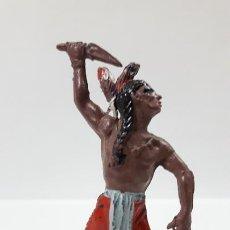 Figuras de Goma y PVC: GUERRERO INDIO ATACANDO . REALIZADO POR JECSAN . AÑOS 50 EN GOMA. Lote 171472708