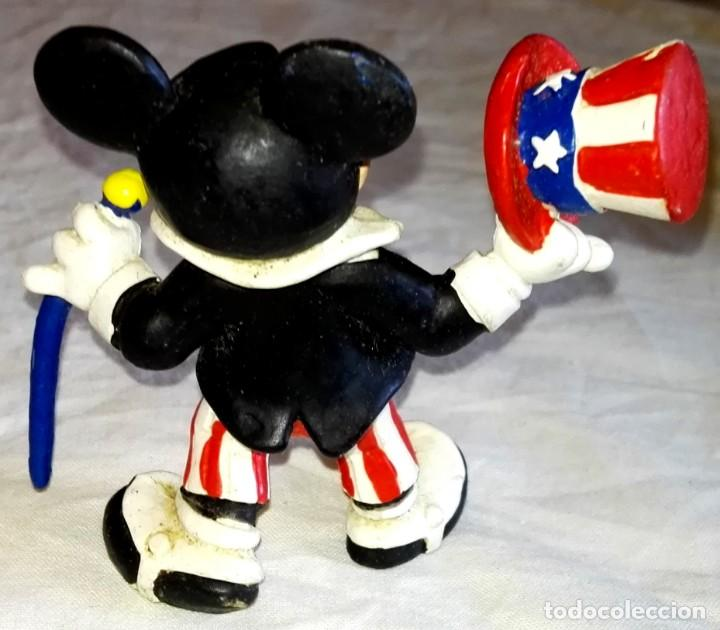 Figuras de Goma y PVC: Figura De Goma - Micky Mouse Americano, Tío Sam - Bullyland, Disney / Made In Germany - Foto 2 - 171540939
