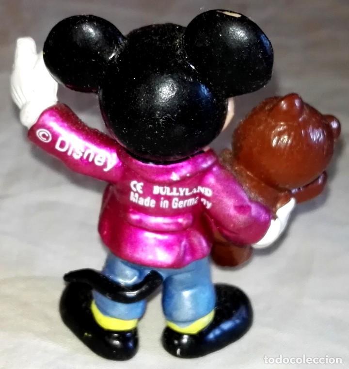 Figuras de Goma y PVC: Figura De Goma - Micky Mouse Con Oso De Peluche - Bullyland, Disney / Made In Germany - Foto 2 - 171542027