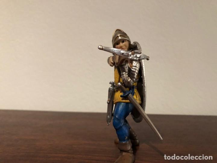 Figuras de Goma y PVC: Ballestero Schleich. Caballeros Medievales. - Foto 2 - 171613002