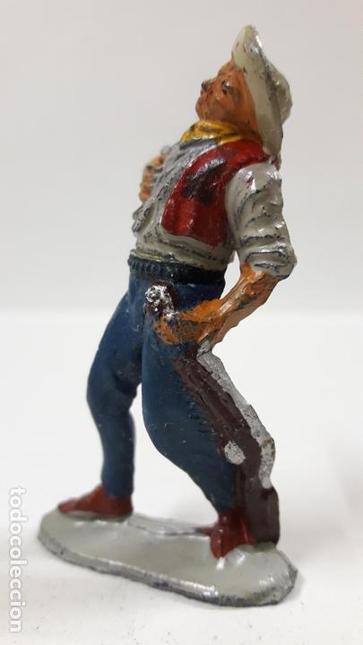 Figuras de Goma y PVC: VAQUERO - COWBOY HERIDO . REALIZADO POR PECH . AÑSO 50 EN GOMA - Foto 3 - 171648609