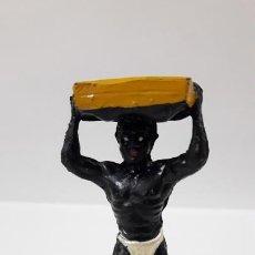 Figuras de Goma y PVC: PORTEADOR AFRICANO . REALIZADO POR LAFREDO . SERIE AFRICA MISTERIOSA . AÑOS 50 EN GOMA. Lote 171728204
