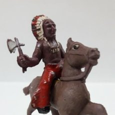 Figuras de Goma y PVC: GUERRERO INDIO A CABALLO . POSIBLEMENTE REALIZADO POR CAPELL . AÑOS 50 EN GOMA . ALTURA 5,5 CM. Lote 171732078