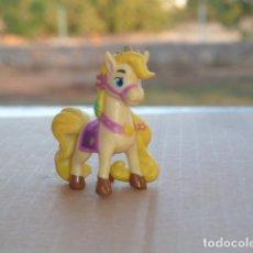 Figuras de Goma y PVC: PONY BLONDIE, MASCOTAS DISNEY. Lote 171809848
