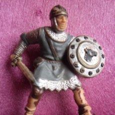 Figuras de Goma y PVC: SOLDADO MEDIEVAL CRUZADO ANTIGUA FIGURA REAMSA . Lote 172072365