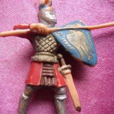 Figuras de Goma y PVC: SOLDADO MEDIEVAL CRUZADO ANTIGUA FIGURA REAMSA . Lote 172073052
