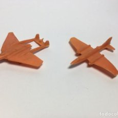 Figuras de Goma y PVC: LOTE DE AVIONES NARANAJA MONTAPLEX. Lote 172092254