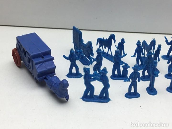 Figuras de Goma y PVC: LOTE FIGURAS DE GOMA - FOTOKEKI - MONTAPLEX - DILIGENCIA WELLSS-FARGO - AÑOS 70 - Foto 2 - 172269649