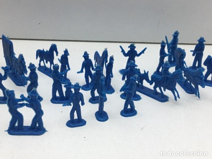 Figuras de Goma y PVC: LOTE FIGURAS DE GOMA - FOTOKEKI - MONTAPLEX - DILIGENCIA WELLSS-FARGO - AÑOS 70 - Foto 3 - 172269649
